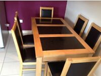 IMMACULATE CONDITION HARVEYS OAK AND GRANITE DINING TABLE AND 6 CHAIRS LOOK