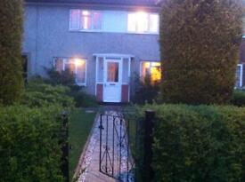 DOUBLE ROOM TO RENT IN CHESINGTON HOUSE SHARES