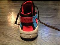 Ladies Nike huaraches trainers size 6.5