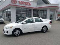 2013 Toyota Corolla CE HEATED CLOTH  MOON ROOF LOW LOW KM'S 1 OW