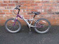 girls mountain bike, age 6 to 9 years