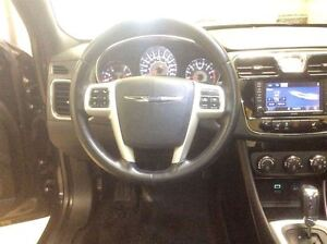 2011 Chrysler 200 Limmited Annual Clearance Sale! Windsor Region Ontario image 14