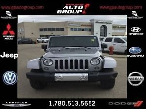 2015 Jeep WRANGLER UNLIMITED Sahara | Off Road | Low KMS