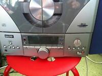 Sanyo stereo