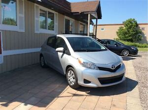 2012 Toyota Yaris LE - FREE WINTER TIRE PACKAGE London Ontario image 4