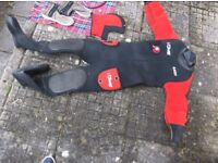 NDiver Dry Suit all ok Large zip to rear works fine feet 7-8 length 143cm chest arm to arm 43cm