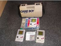 BOXED NINTENDO GAMEBOY WITH CARRYING CASE & A FAULTY GAMEBOY FOR SPARES