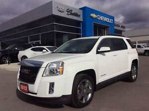 2012 GMC Terrain | Bluetooth | Rear Cam | Sunroof | Leather | Ch
