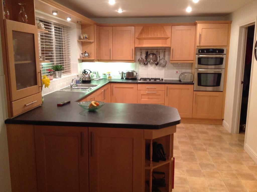 kitchen helper gumtree 28 images kitchen units and