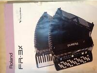 ACCORDION ROLAND FR3-X COMPLETE WITH ROLAND BK-7M ARRANGER MODULE AND ROLAND FC-7 FOOT CONTROL