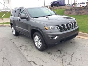 2017 Jeep Grand Cherokee LAREDO/LEATHER/BACK UP CAM/4X4