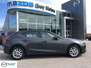 2014 Mazda MAZDA3 GS-SKY, P. Sunroof, Auto, Heated Seats, One Ow
