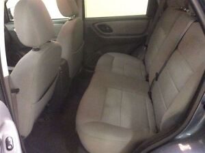 2005 Ford Escape XLT Annual Clearance Sale! Windsor Region Ontario image 11