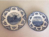 Pair Of Dinner Plates and Pair Of Salad Plates