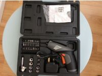 Cordless screw driver with accessories new