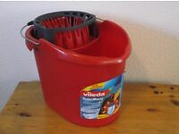 Mop Bucket With Power Rinse