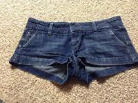 Size 4 american eagle shorts