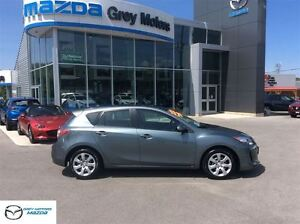 2013 Mazda MAZDA3 GX, Auto, Air, One Owner!