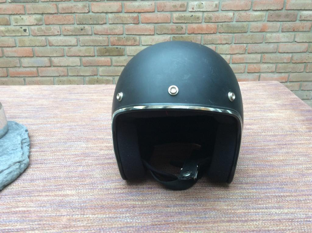 Open faced helmet large