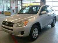 2012 Toyota RAV4 Base Electric windows, air conditioning, Blueto