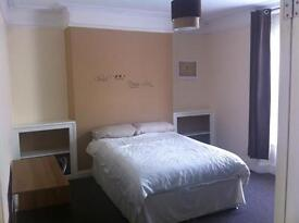 One room left in an amazing four double bed student house, all amenities inculded