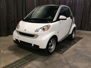 2012 smart fortwo SDR *Low Kilometers* *Incredible Gas Mileage*