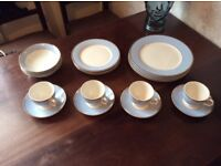 Doulton 20 Piece Blue & White Dinner Service Set 2004 Bruce Oldfield