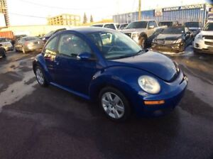 2007 Volkswagen New Beetle Coupe / 2.5 / / LEATHER