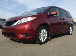 2011 Toyota Sienna LE | AUX | BACK CAM | CRUISE | AWD