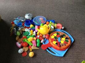 Play Food, kettle and plates