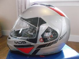 """AGV / MDS MD200 """"Traveler"""" in Silver Size Medium New / Unused / Boxed Flip front with Int Sun-visor."""