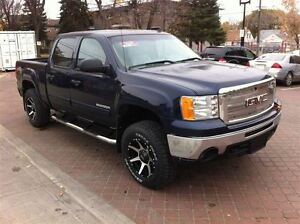 2012 GMC Sierra 1500 LIFTED!! Rims, And Much More!!