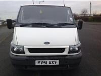 TEANSIT 260 SWB TD - SEATS IN BACK - TOW BAR FITTED - REMOTE CENTRAL LOCKING P/X TO CLEAR