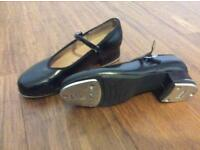 Tap shoes size 1.5