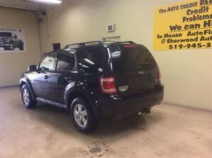 2011 Ford Escape XLT Annual Clearance Sale! Windsor Region Ontario image 7