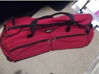 Jeep holdalls - x2 for sale - Red and blue