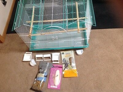 Prevue Hendricks bird cage and bird supplies