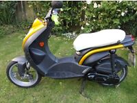 Peugot Ludix Elegance scooter 49cc MOT Sept.2017 in good running order.Alarmed.