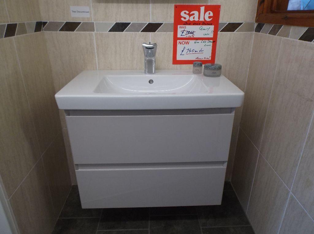 Ordinaire £740 Ex Display Burbidge Vanity Unit U0026 Villeroy U0026 Boch Basin ...