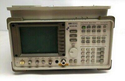 Hp 8563e Portable Microwave Spectrum Analyzer 9khz To 26.5ghz W 85620a Memory