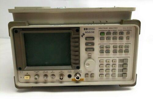 HP 8563E Portable Microwave Spectrum Analyzer 9kHz to 26.5GHz w/ 85620A Memory