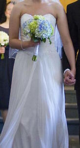 Wedding Dress for Sale!!