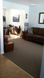 Beautiful 3 Bedrroom Townhome Central Location