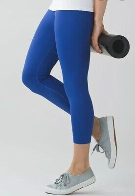 Lululemon Size 4 Zone In Tight Crop Pant Legging Sapphire Blue