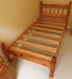3ft Wide Single Bed Frame Sturdy Construction of solid Pine made by Stylebridge