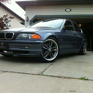 Looking for clean e46 330 ci or I 6 spd
