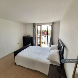 1 bedroom flat in Craven Park, London, NW10 (1 bed) (#1123088)
