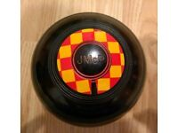 Taylor lawn bowls size 2 with bag