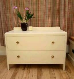 Vintage retro wooden painted chest of drawers cream