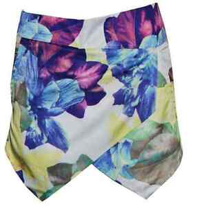 **BRAND NEW** Asymmetric Floral Print Skort (Skirt Short Combo) Kitchener / Waterloo Kitchener Area image 3